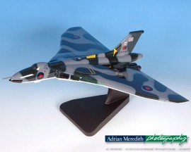 NEW Avro Vulcan B2 Wooden Model 12 inches wing span.