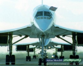 Three Concordes Line Up on Last Day 24-Oct-2003 - 16x12